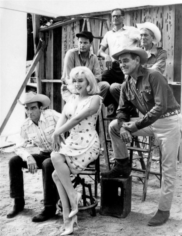 Miller, Wallach, Huston, Clift, Monroe, Gable