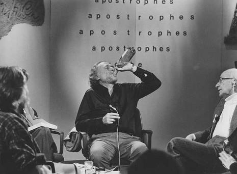 Bukowski va fer això a la televisió francesa... en directe!