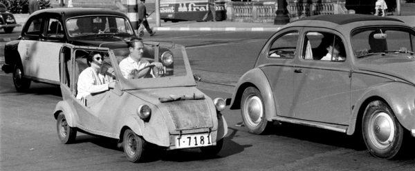 Cotxes. El petit, però funcional, Bíscuter