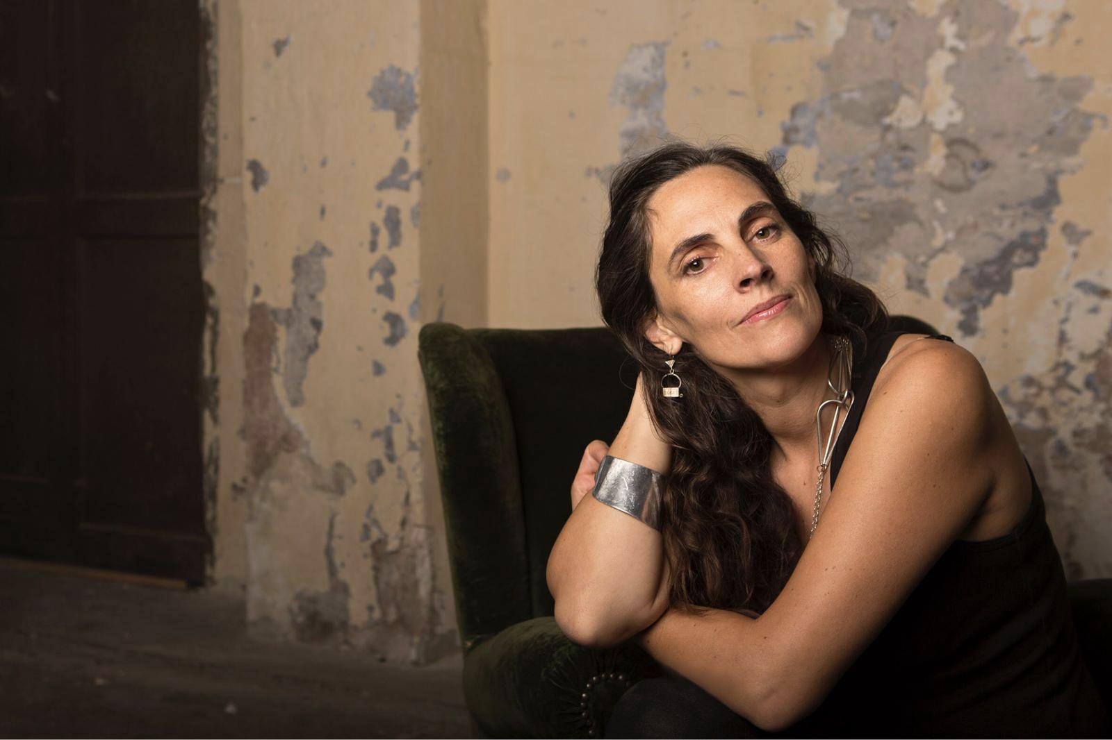 Ana Álvarez-Errecalde