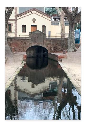 L'Aigua de Montcada L'abastament municipal d'aigua de Barcelona : mil anys d'història CONILLERA, P.