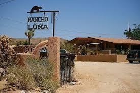 """""""Rancho de la Luna"""", estudi de gravació al desert de Mojave."""
